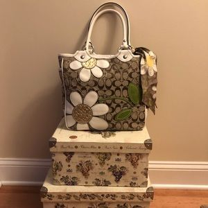 Coach Daisies Flower bag